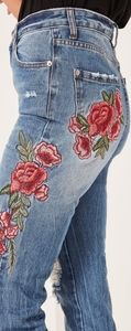 Missguided Riot Hi Rise Mom Jeans Embroidered 6